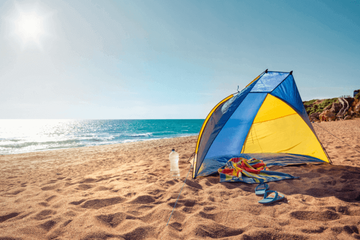 Beach Shelter – Should You Go For Beach Umbrella, Beach Canopy, Beach Tent or Pop Up Tent?
