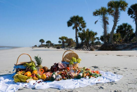 10 Tips for the Perfect Outdoor Picnic